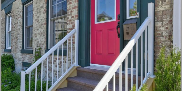 04 Front Door