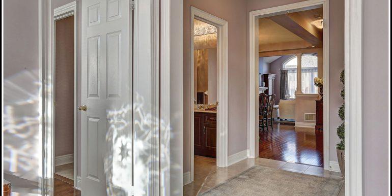 06 1 Foyer