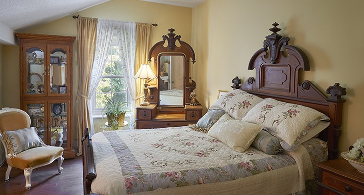 26_Concession_St_Guest _Room