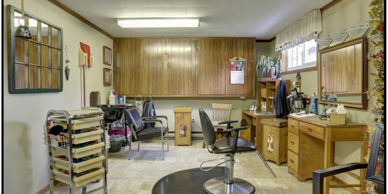 27 B Salon