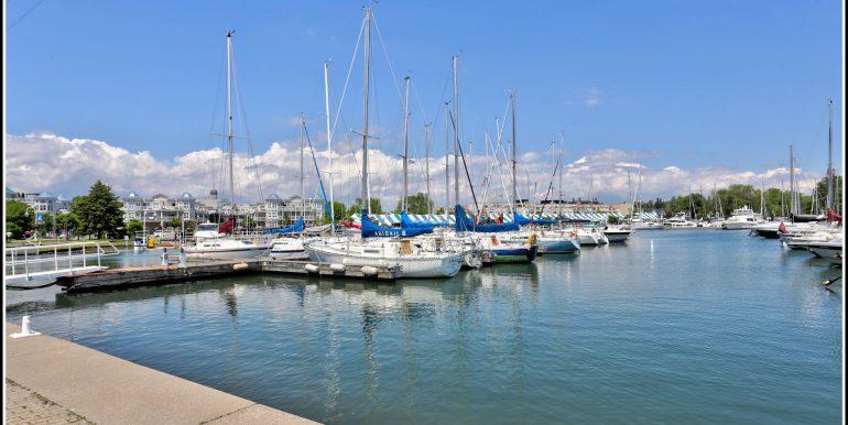33 Cobourg Marina