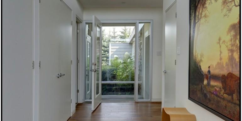 8 1 Foyer