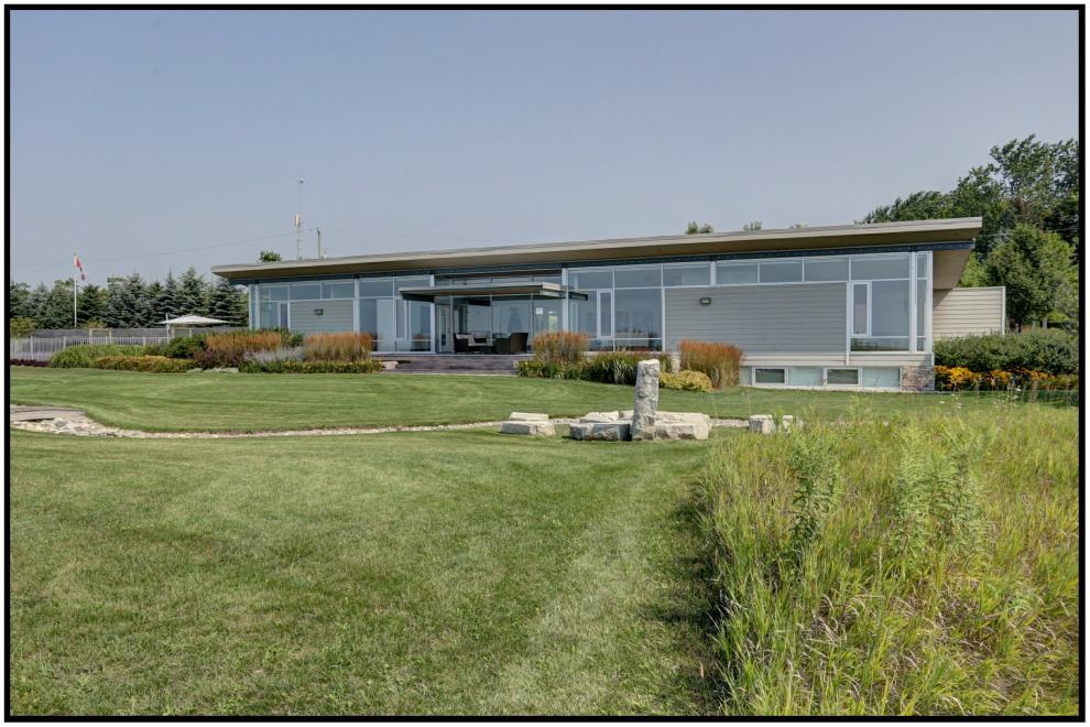4381 Lakeshore Road
